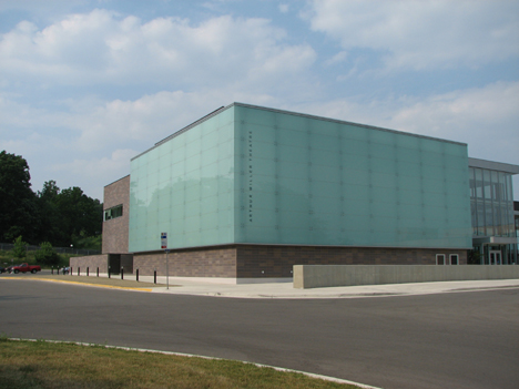<h2>Walgreen Charles R Jr Drama Center</h2>